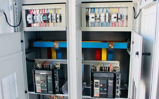 Motorized electrical panel